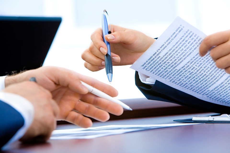 Na co zwrócić uwagę przy podpisywaniu umowy na organizację eventu?